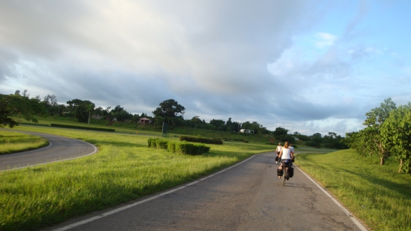 cycling to Vinales